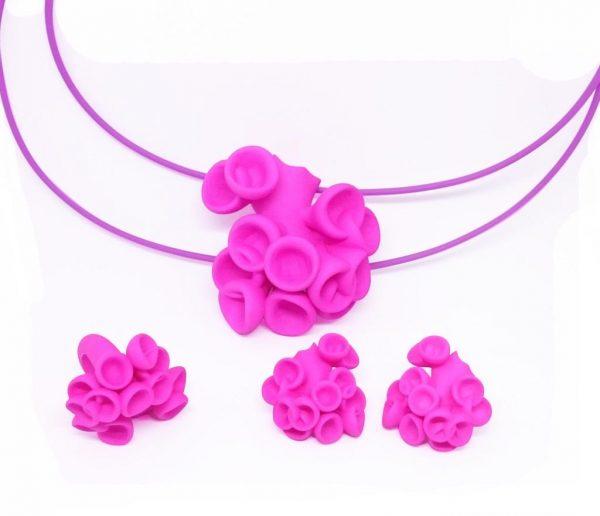 Bud jewellery set in pink