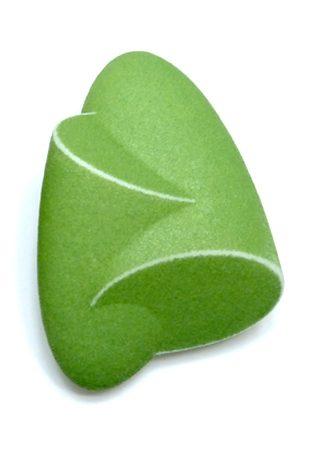 Birgit Laken, green Hug pendant, polyamide,3D-printed, hand-finished