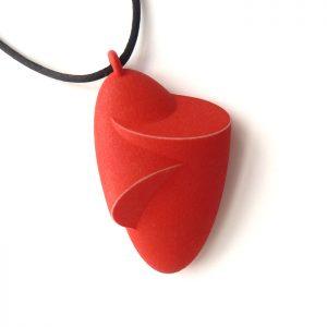 Birgit-Laken-pendant-Hug-2019-polyamide-3D-printed-hand-finished