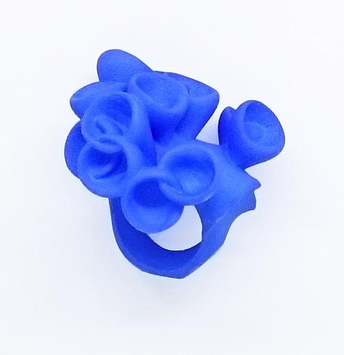 Bud ring in blue
